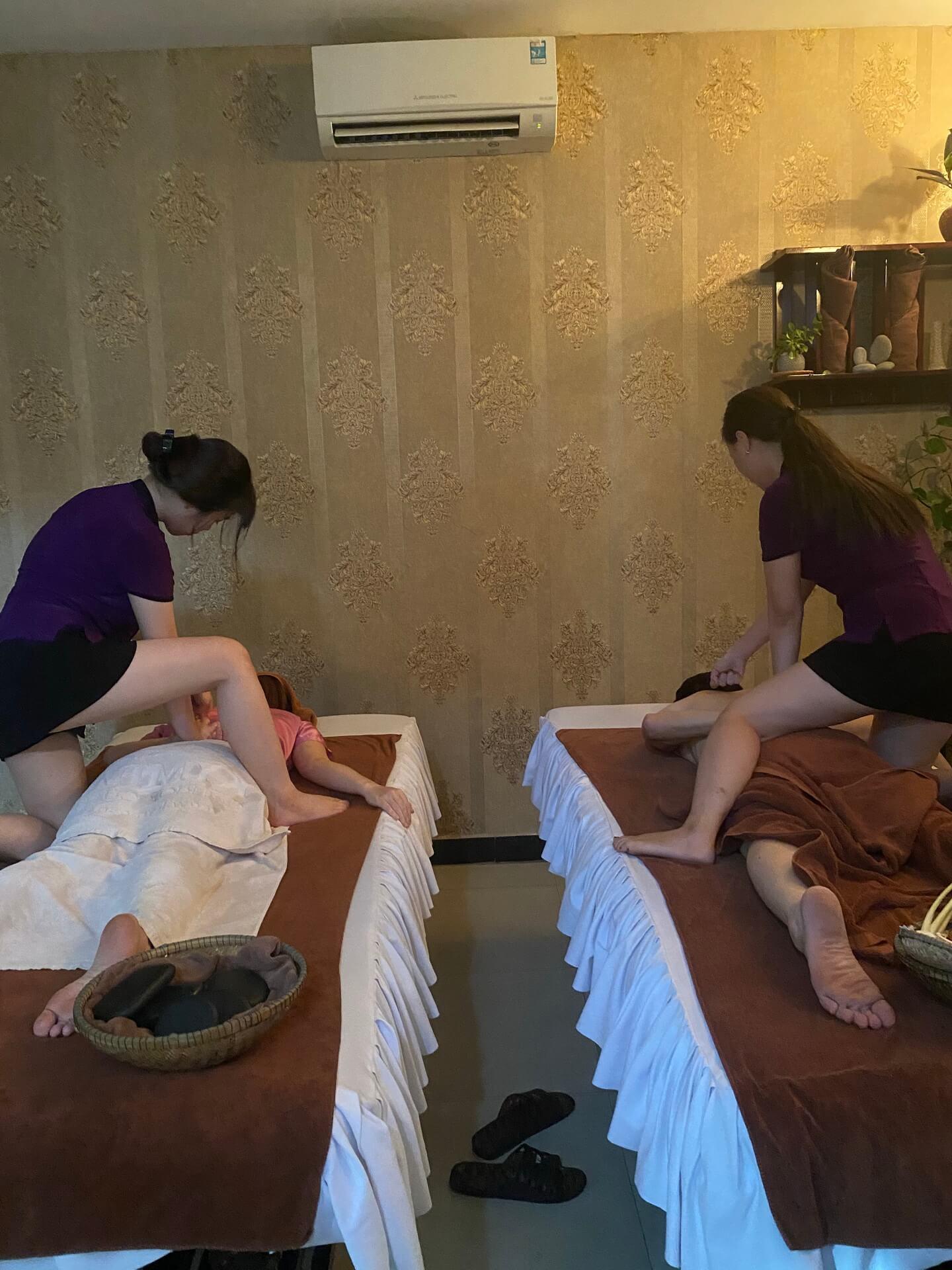 Stone Massage Hue 28